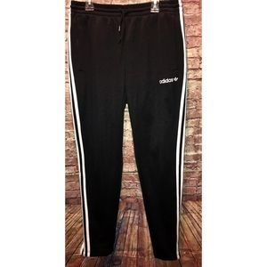 Adidas | black joggers three stripes MEDIUM
